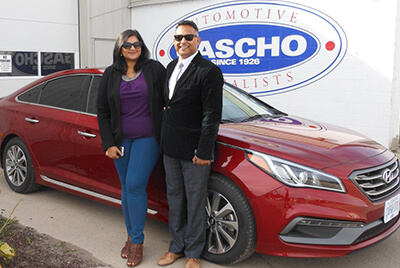 Couple with new car from Gascho